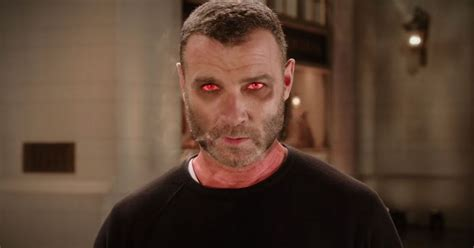 'SNL' Promo: Liev Schreiber Possessed by a Ghost