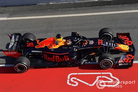 """Honda's 2019 engine """"a thing of beauty,"""" says Red Bull"""