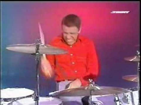 The Muppets Show Drum Battle Buddy Rich Vs Animal - YouTube