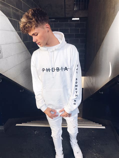 REVIEW: HRVY At O2 Academy in London - CelebMix