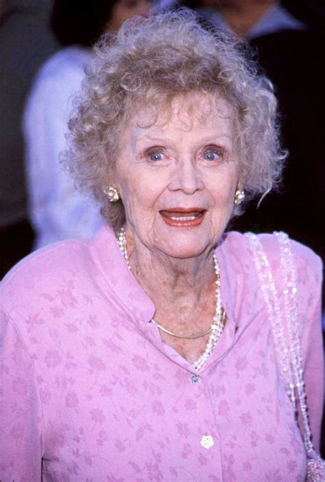 Old Rose in 'Titanic', Gloria Stuart, Died at the Age of 100