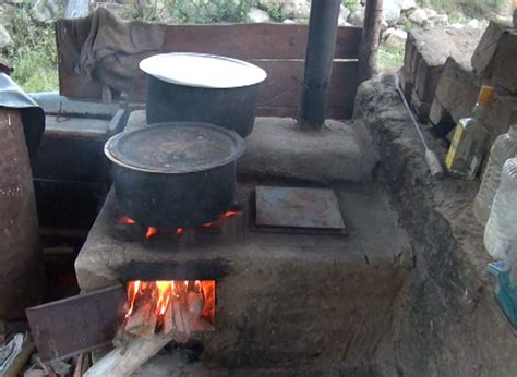 Improved cooking stove gains popularity in Punakha - BBS | BBS