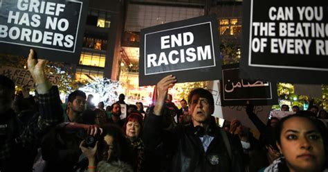 Racial polling analysis shows more white Americans believe