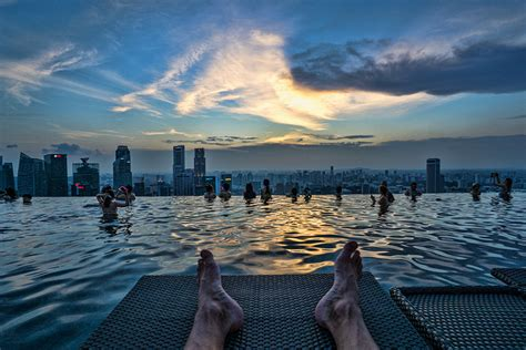 The World's Coolest Infinity Pool - Marina Bay Sands