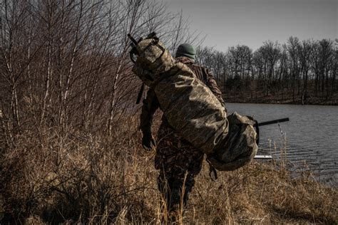 Portable Duck Blind From Redneck Blinds   Waterfowl