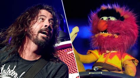 Dave Grohl And The Muppets' In An EPIC Drum Battle