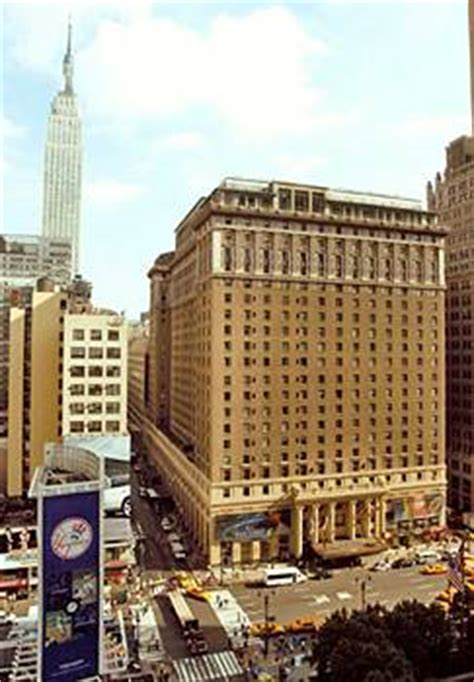 Plots & Plans: The Hotel Pennsylvania should be preserved